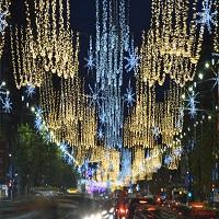 La zi pe Metropotam - Cand se aprind luminitele de Craciun in Bucuresti si care este programul targurilor de iarna din Capitala