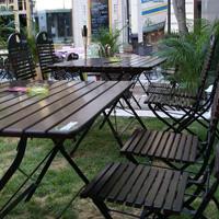 Cronici Restaurante din Bucuresti, Romania -  Eden Gardens din Centrul Vechi - terasa care te duce cu gandul la plaja