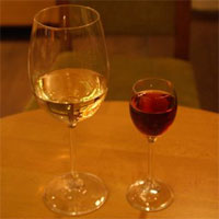Cronici Terase din Romania - Wine bars in Bucuresti - ultima fitza in materie de iesit
