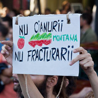 Interviuri cu fotografii care au documentat protestele Rosia Montana - cum se simt aceste miscari prin lentila obiectivului