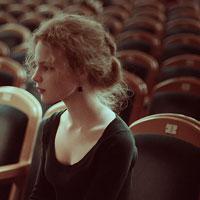 10 baruri si cluburi din Bucuresti unde poti merge sa vezi piese de teatru