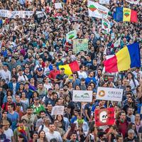 Peste 15.000 de oameni la cel mai frumos protest pe care l-a vazut Bucurestiul