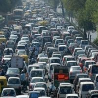 Utile - Trafic 4 decembrie: Se circula cu dificultate la Piata Presei din cauza semafoarelor defecte