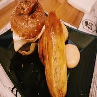 Baz Bistro - unii dintre cei mai buni burgeri pe care i-am incercat in ultima vreme