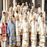 La zi pe Metropotam - Toata brigada de popi din cadrul Bisericii Ortodoxe Romane vrea sa organizeze cel mai mare mars din istoria sa recenta