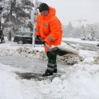 Utile - Pe ce strazi din Bucuresti se face deszapezire