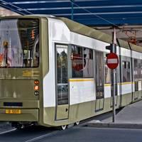 Utile - 6 bucuresteni au fost raniti usor in urma unui accident de tramvai