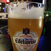 Cronici Restaurante din Romania - Weiss Beer Garden - singura berarie din cartierul Militari