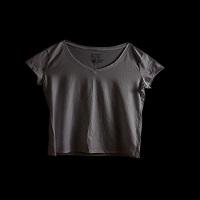 Artista Katherine Cambareri fotografiaza hainele pe care le purtau victimele inainte de viol