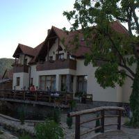 Locuri de vizitat - Idee de vacanta: Conacul dintre rauri, locul de relaxare din apropierea Sibiului
