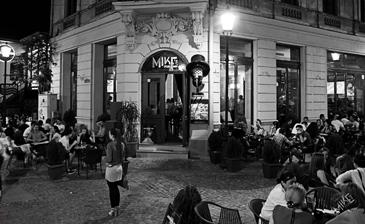 Mike's Pub