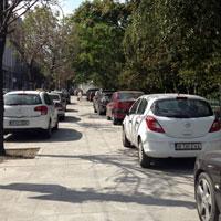 Nesimtirea autoritatilor - cum s-a transformat trotuarul din fata Cismigiului in parcare