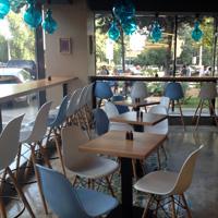 Cronici Restaurante din Romania - Califatul Militari sau locul unde mananci cea mai buna shaorma din cartierul Militari
