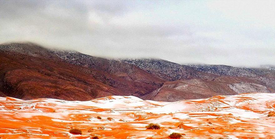 rare-snow-sahara-desert-geoff-robinson-1.jpg