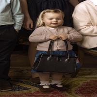 La zi pe Metropotam - Povestea 'Posetei' din cel mai simpatic portret regal
