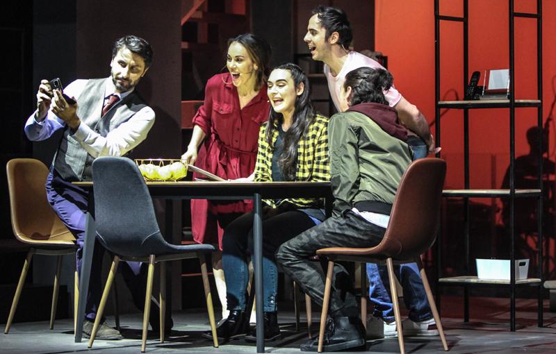 """Premiera națională a musicalului """"Next to Normal – (A)normal"""" la Teatrul Național de Operetă și Musical """"Ion Dacian"""""""