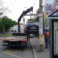 Ridicarea masinilor parcate ilegal intra in vigoare in acest weekend- care sunt conditiile