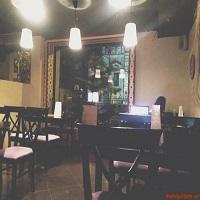 Cronici Cafenele din Bucuresti, Romania - Time In - bistro-ul micut si calduros de la Romana