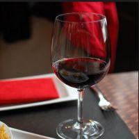 Cronici Restaurante International din Romania - 10 locuri din Bucuresti unde un pahar de vin costa mai mult de 20 de lei