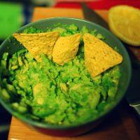 Top 3 retete de guacamole si cum sa alegi un avocado perfect - reteta saptamanii de la Mic dejun de Bucuresti