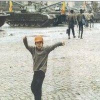 #25Revolutie - Fotografii inedite de la Revolutia din 1989 din Bucuresti